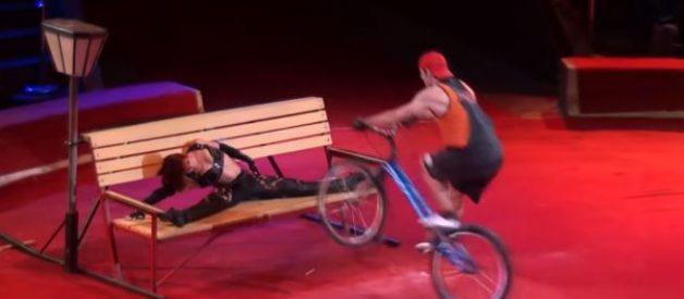 Circus - Extreme cyclist